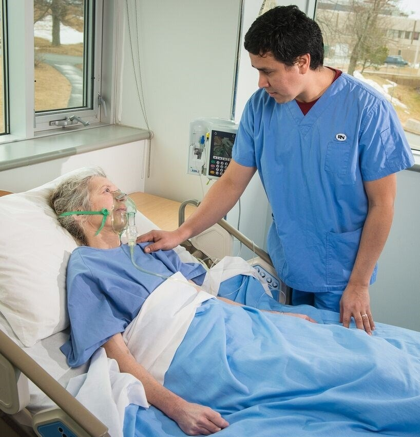 a nurse is caring for a patient who is admitted with multiple wounds-0