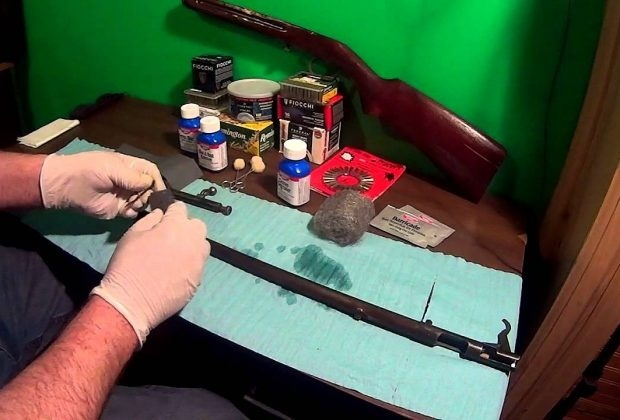 how to remove rust from a gun without damaging bluing-0