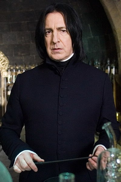 who is the head of the ravenclaw house-3
