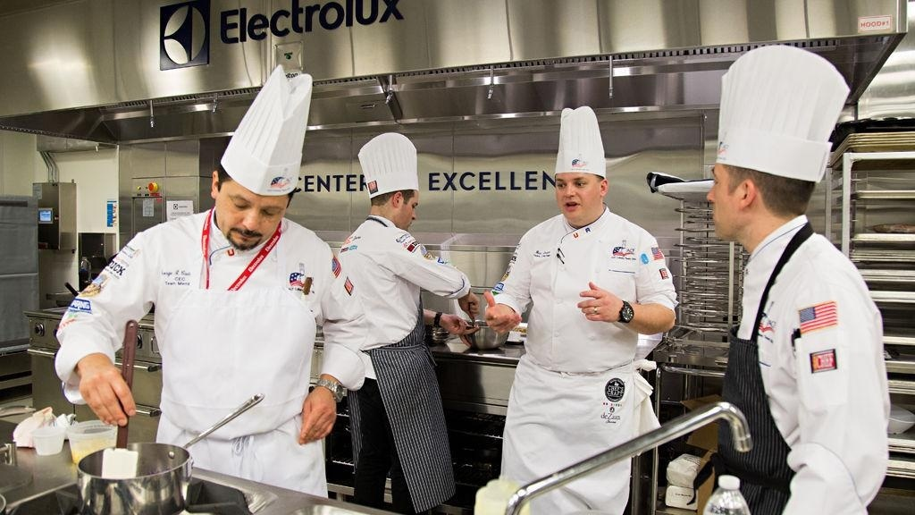 who is the highest ranking member of the culinary team-2