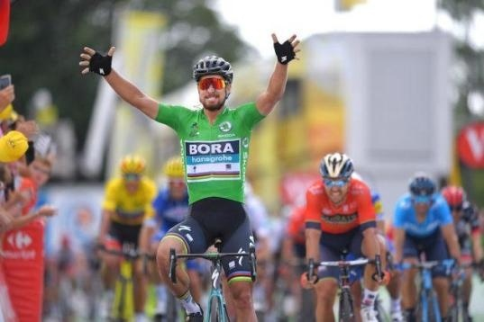 who is the only overall winner of the tour to win a finish atop the mûr de bretagne?-2